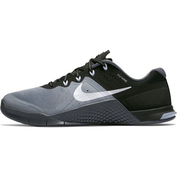 Nike Women's Metcon 2 7.5 Crossfit Shoe